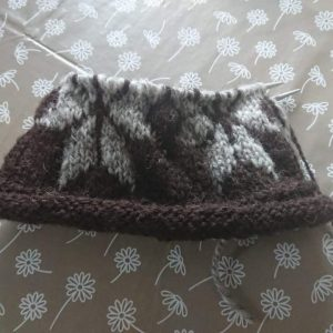 Gift Set- Star hat with Black 50g Skein (hand spun wool)