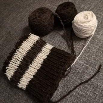 Beanie (hand spun wool)